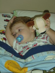 jasper in big boy bed 01_resize
