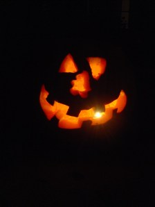 pumpkin carving 2009 08_resize